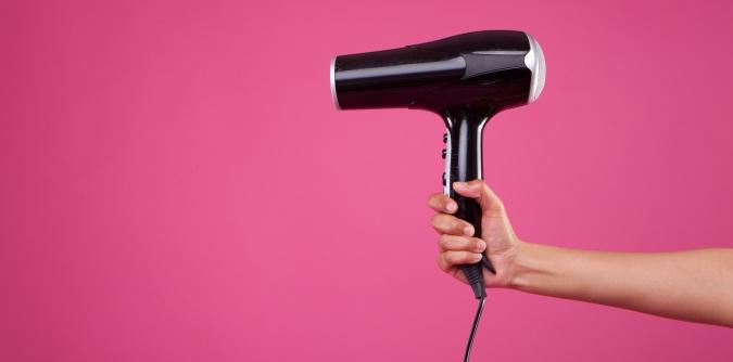 sèche cheveux ou lisseur